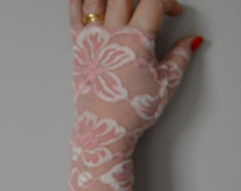 Pink lace fingerless gloves ivory wedding, chic lace, ivory pink Lace Gloves fingerless gloves, fingerless gloves pink ivory lace