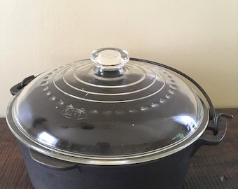Wagner Cast iron Dutch oven