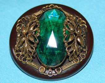 "Elegant Huge Gay 90's Jewel Button ~1-3/4"" Antique Brown Bakelite & Glass Jewel Button ~ Faceted Emerald Glass Jewel ~ Brass Filigree ~Nice!"