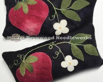 Woolen Strawberry Pincushion. Woolwork Sewing Pincushion, Wool Strawberry Pincushion, Brooch Holder Cushion