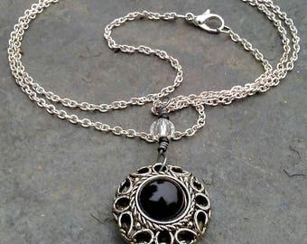 Collier pendentif Vintage noir argenté aromathérapie