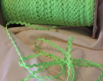 Day Glo Lime Green baby ric rac 10 yards