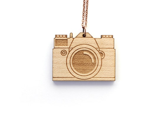 Vintage camera necklace - wooden camera pendant - graphic jewelry - technology jewellery - lasercut maple wood - gift for photographer