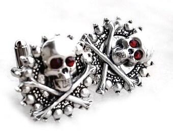 Skull Cufflinks Gothic Jewelry for men steampunk clothing man gift for husband Gothic Cufflinks Mens  Silver Cufflinks Swarovski boyfriend