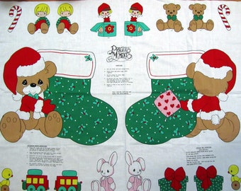 PRECiOUS MOMENTS CHRiSTMAS STOCKiNG And ORNAMENTS Vintage Cotton Fabric Panel 34