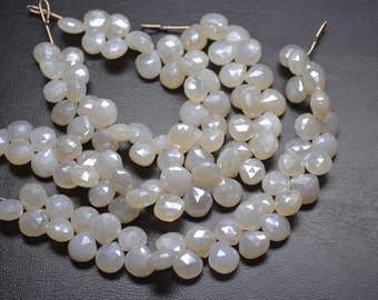 Sale AAA 7 Inch 10-11mm Natural Pearl Mystic Pearl Chalcedony Faceted Heart Shape Briolette Beads Strand-37 Beads/Strand