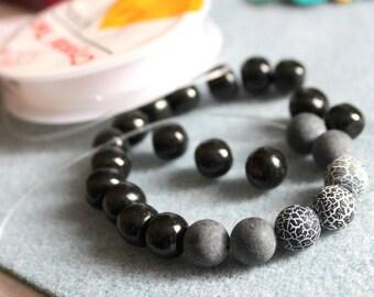 An easy BRACELET KIT with black dragon beads