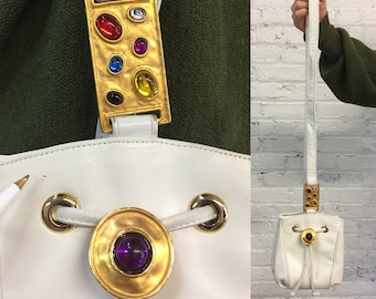 vintage 80s white leather crossbody shoulder bag with jeweled hardware / drawstring bucket bag with faux gemstones