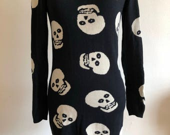 Betsey Johnson Skull Pullover Sweater Tunic in Black Punk 1980's Size Small