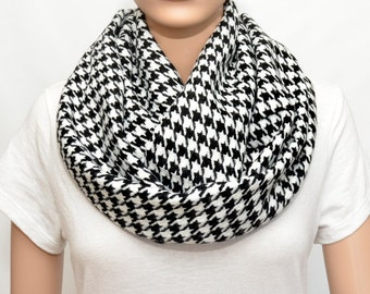 Infinity scarf with Houndstooth pattern - Houndstooth  scarf - Houndstooth  Infinity Scarf