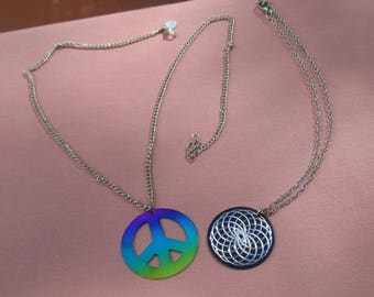 Lot Of Retro Hippie Style Necklaces Colorful Peace Sign