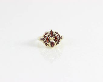 10k Yellow Gold Garnet Ring Size 6 1/2