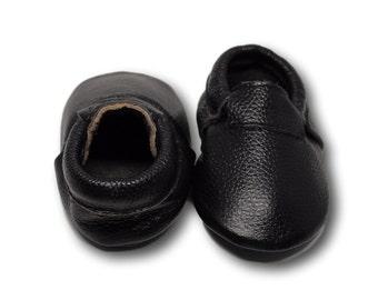 SALE! Black minimalist moccasin // Black loafer moccs / Loafer Moccasin // Baby Mocassin // Baby Boy Moccasin