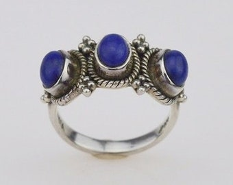 Sterling Silver Vintage Three/Tri Stone Lapis Ring Size 8.25