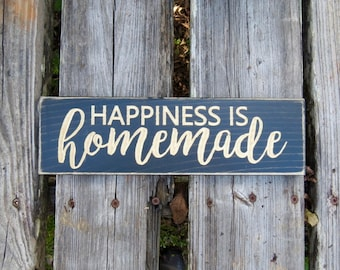 happiness is homemade sign,homemade,happiness is,wood sign,happiness,happiness homemade,happiness sign,home decor,farmhouse decor,wall decor