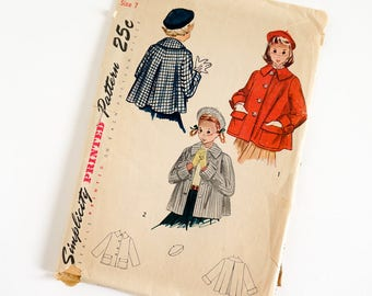 """Vintage 1950s Girls Size 7 Coat or Topper and Beret Simplicity Sewing Pattern 3147 Complete / b25 w22.5"""" / Large Flat Collar Hip Length"""