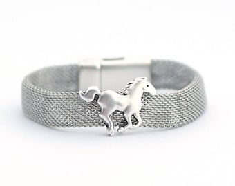 Stainless Steel Chain Bracelet, Horses lovers Bracelet, Running Horse Cuff, Puppy Jewelry, Minimalist Jewelry, Gift for Animal Lover