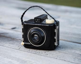 Vintage Camera, Collectable, Film Camera - Kodak Baby Brownie Special