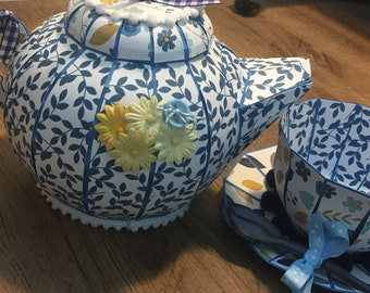 Teapot and teacup box party set blue and gold