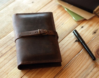 Small Moleskine leather cover. Dark brown leather cover journal. Field Notes cover. Travel gift. Travel journal. Travel accessories. MLSK009