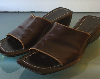 Banana Republic Leather Slides Made in Italy Size 5