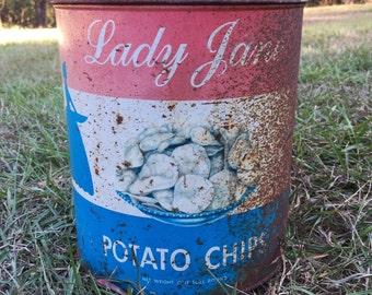 Aweome Old Rusty bucket, Rustic Table decor, Primitive bucket, Rusty potato chip Bucket, Industrial Bucket, Rustic food Bucket, Rusty Bucket