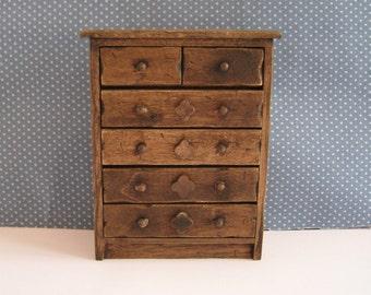 Miniature Tudor Chest, Medieval chest, dolllhouse chest, dark oak chest,  twelfth scale, dollhouse miniature