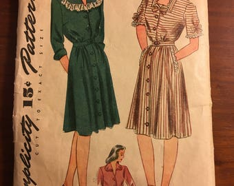 Vintage 1940s Sewing Pattern - Simplicity 4913 - Dress