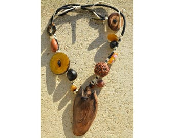 Necklace beads on hemp and wood