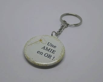 """Keychain Badge 38 mm """"A friend in gold"""""""