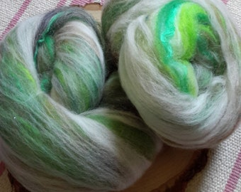 My Friend The Forest Rockin' Rolly battlet set - soft mixed fibers for spinning, fiber arts