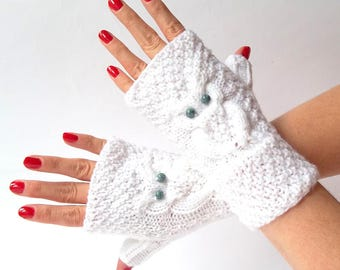 White Knit Owl Fingerless Gloves. Knitted Short Fingerless Mittens. Arm Warmers. Wrist & Hand Warmers. Women Accessories.