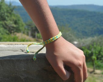 woven friendship bracelet / indian bracelet / hippie bracelet / gift / handmade / knotted bracelet - Taheli Bracelet (green/yellow)