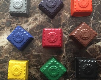 Square button crayons