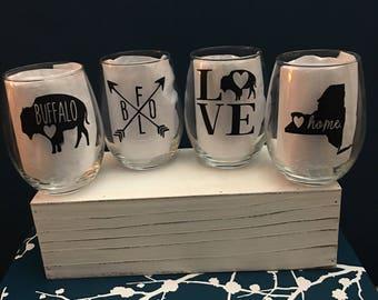 Set of 4 Buffalove Wine Glasses