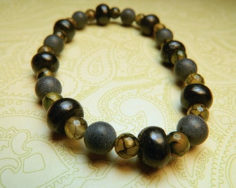 Mens Beaded Bracelet, Masculine Bracelet, Unisex Stone Jewelry, Stretch Bracelet, Gift for Him, Gift for Teen, Black Stone, Yellow Jade
