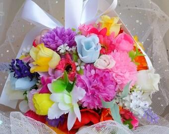Summer pomander, summer kissing ball, woodland wedding, rustic wedding, aisle decor, rustic decor, keepsake, alternative bouquet