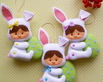 Easter decoration, Easter bunny decoration, Felt Easter bunny, Easter ornament, Felt Easter ornaments / 1 bunny