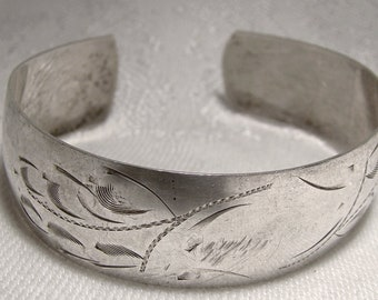 Child's Engraved Sterling Silver Cuff Bangle Bracelet 1950s 1960s