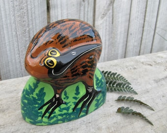 Vintage Kiwi Bird Sculpture by Kilsby, Hand Painted Ceramic Kiwi Bird Ornament, Sculpture by Kevin Kilsby, Kiwi Bird Figurine, NZ Gifts