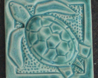 Sea Turtle Tile in Arts and Crafts Style, Refrigerator Magnet, Decorative ,Handmade Tile
