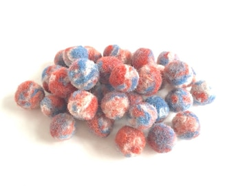 """36 beads/buttons """"Cairo"""", handmade, pure artisan wool, eco & vegan friendly, plant dyes, blue, white, red, peach, Ø 10-16mm/0.4-0.6"""", OOAK"""
