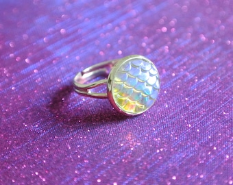 White Clear Mermaid Scale Iridescent Silver Ring / Kawaii Cute Holographic Dainty Adjustable Silver Plated
