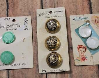 Vintage button lot-Antique sewing buttons-Lucky Day-LaPetite-buttons-Carded buttons-Mother of Pearl-gold-green