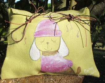 painted green linen clutch: the little dog with Hat