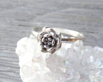 Succulent ring, Sedum, Silver rings, Silver stacking rings, nature jewelry, succulent jewelry, wedding jewelry, plant love, plant style