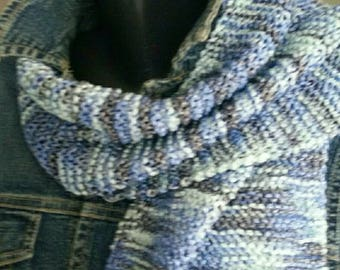 Very long and light wool scarf blue