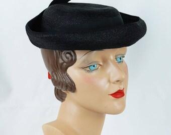 1940s Vintage Hat Black Straw Curled Brim Tilt NOS NWT Sz 21