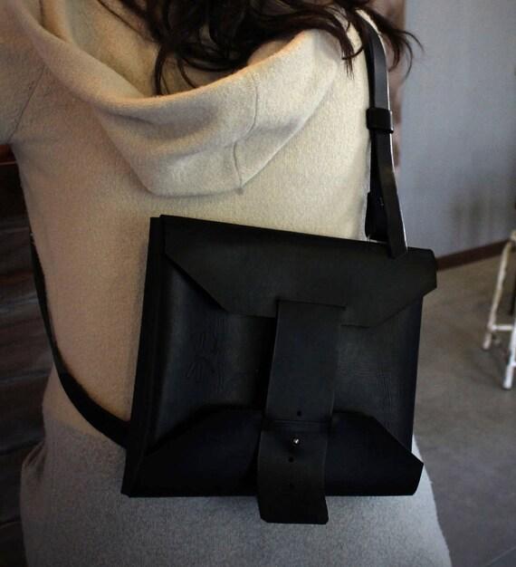 Leather laptop bag, Crossover laptop or tablet bag, Laptop case, Tablet case, Leather case, Crossbody bag