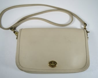 Coach PENNY POCKET 9755 Cream Leather Crossbody Vintage 90s Coach Bag Vtg Coach Bag Bone Coach Bag 1990s Coach Bag Off-White Leather Purse